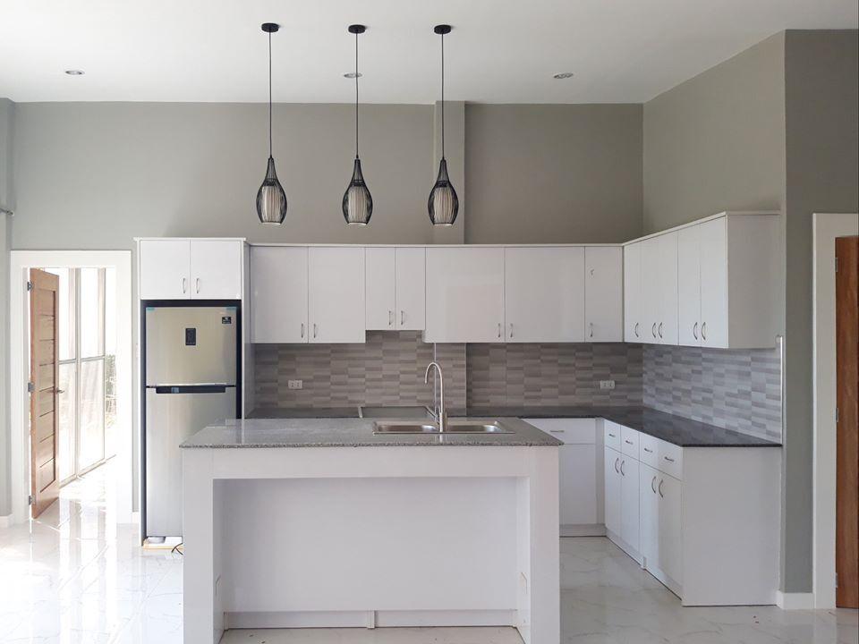 bill kitchen cabinet